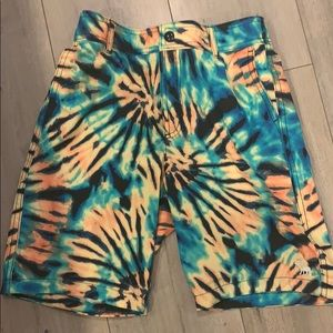 Abercrombie kids pool to play shorts